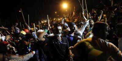 Cel putin 230 de raniti in urma unor ciocniri la Islamabad