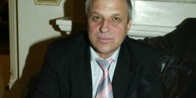Prefectul Botosaniului acuzat ca racoleaza cu amenintari primari pentru PSD: