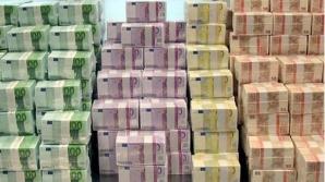 Patru banci au cerut bani cu imprumut de la BNR