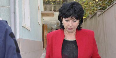 Prim-procurorul Parchetului de la Orsova, ridicat de procurorii DNA pentru fapte de coruptie