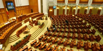 Despre cuibul de hoti din Casa Poporului: de ce este necesara dizolvarea Parlamentului Rusinii Nationale