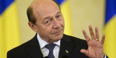 Traian Basescu, mesaj pe Facebook: