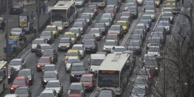 Timbrul de mediu va fi transformat in impozit anual, care va creste pe perioada de utilizare a autoturismului