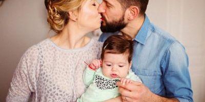 Ruga pentru Mara. Mii de galateni s-au mobilizat pe Facebook pentru a ajuta o fetita de doar 5 luni, diagnosticata cu cancer