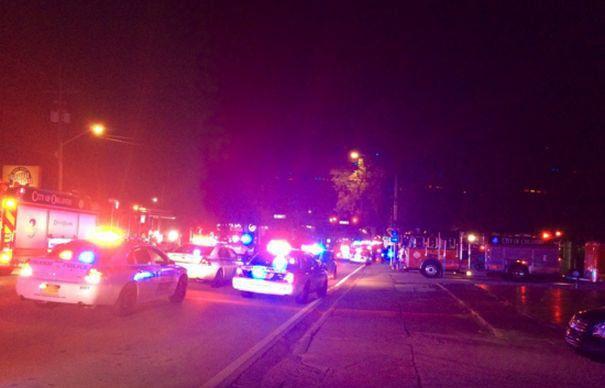 CARNAGIU intr-un club din Florida. Un SMINTIT a OMORAT 20 de persoane si a ranit alte 42. Atacatorul a murit in urma interventiei SWAT