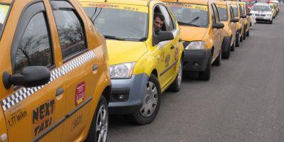 Taximetristii protesteaza si ei impotriva majorarii preturilor RCA. Scumpirea a provocat falimentul multor firme