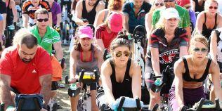 Bike Fest, weekend pe doua roti: bucurestenii pedaleaza pentru un stil de viata sanatos si mai prietenos cu mediul