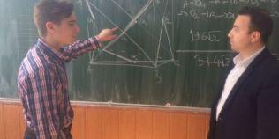Olimpic depunctat pentru ca a rezolvat o problema corect, dar altfel decat in baremul impus de Ministerul Educatiei