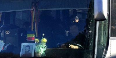 Cazul ciudat al soferului amendat cu 4.000 de lei pentru ca a asezat icoana lui Arsenie Boca pe parbrizul autocarului