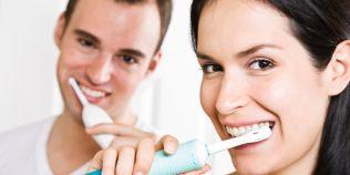 Cat de eficiente sunt periutele de dinti electrice