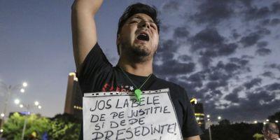 Proteste anuntate in mai multe orase din tara si strainatate pentru duminica seara