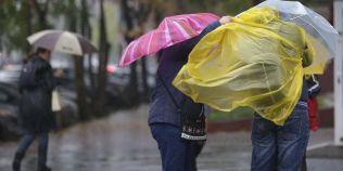 Cod galben de ploi, ninsori si vant, pentru 15 judete, incepand cu ora 18.00
