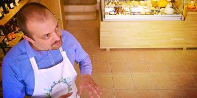 Afacere de familie: bacania cu delicii naturale, de la micii producatori. Un produs ajunge pe raft numai dupa ce a fost testat