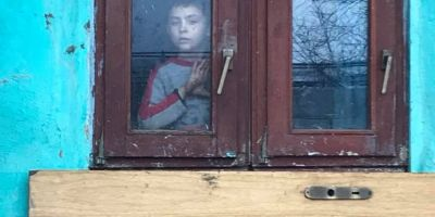 Cum a ajuns o tanara din Banat zana copiilor sarmani din Moldova.